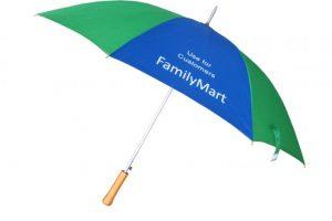 in logo lên ô dù làm quà tặng
