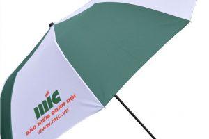 in logo lên ô dù cầm tay