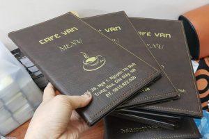 quyển menu bìa da cafe van