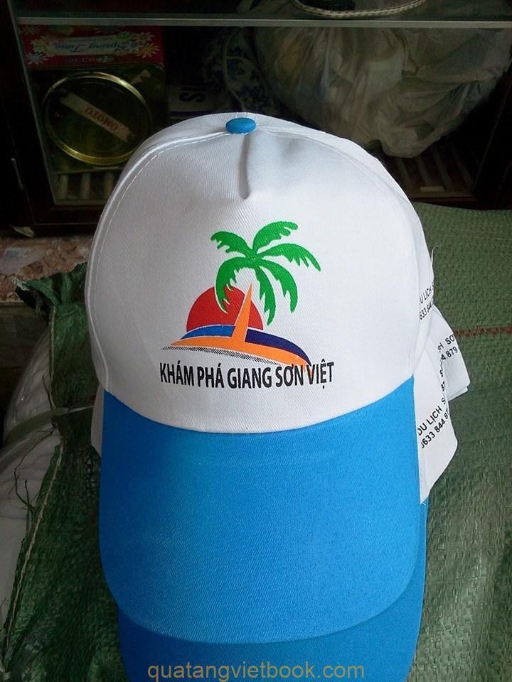 in logo lên vải mũ trắng