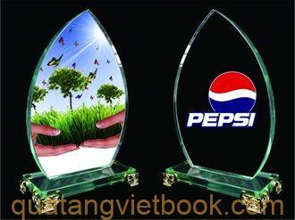 in kỷ niệm chương mica của Pepsi