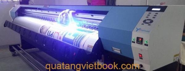 in uv tren moi chat lieu In UV trên mica với Quà tặng Vietbook TPHCM